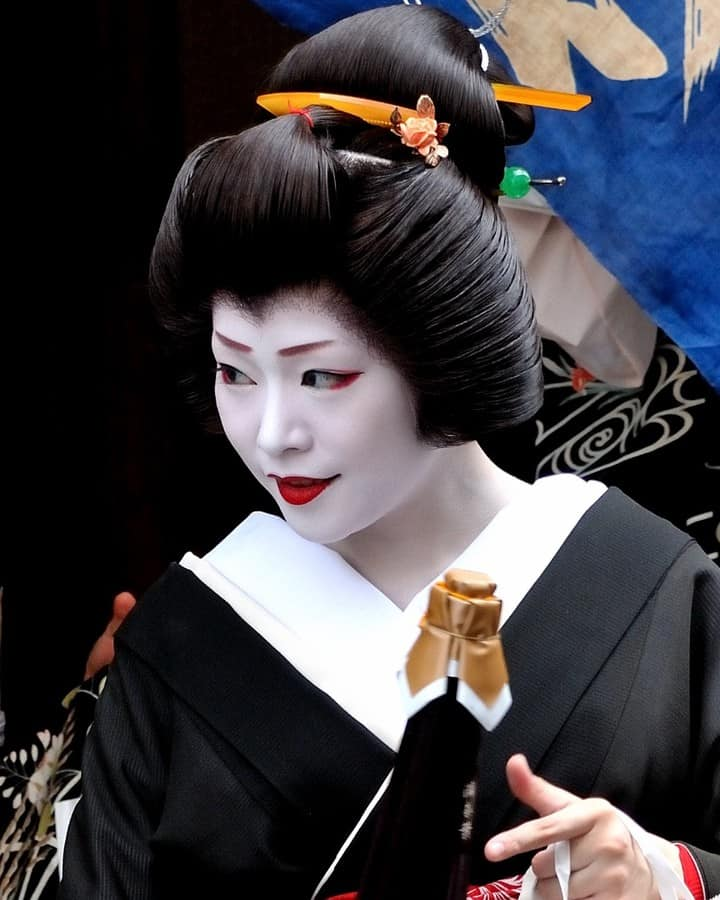 Can you see geisha in kyoto