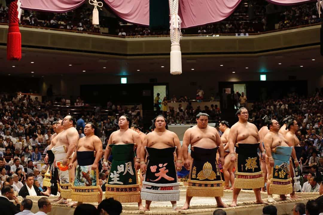 can sumo wrestlers have tattoo