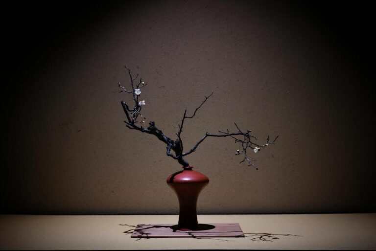 The Link Between Buddhism And Ikebana Design